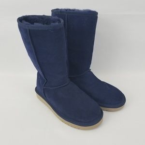 NWOT Koolaburra UGG Navy Blue fur Boots Size 6